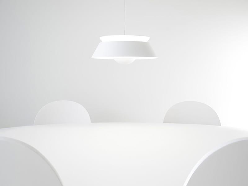 02034_VITA_Cuna_white_dinningroom_environment_72dpi_RGB-800x600
