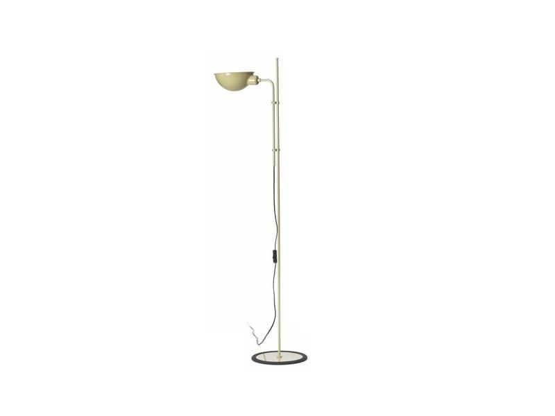 Funiculí-beige-lampadaire-800x600