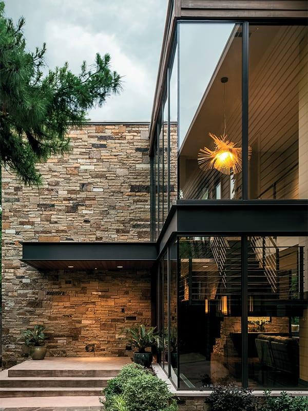 Swananoah-Residence-Dallas.-Architectural-by-David-Stocker
