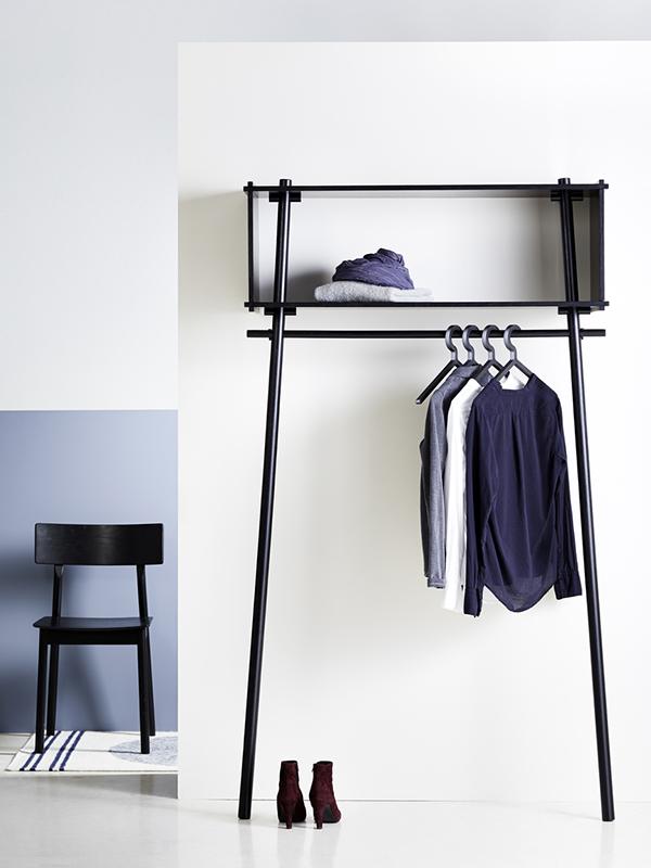 Ambiance armoire penderie TOJBOX LARGE CHENE PEINT NOIR_120207 (1) woud