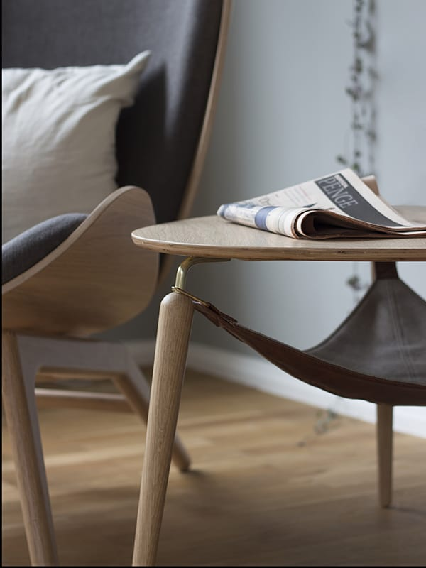 Ambiance FAUTEUIL THE READER GRIS ARDOISE_1 umage