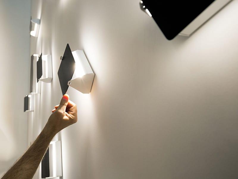 Ambiance AVP LWN 31_APPLIQUE PIVOTANT LED NOIR nemo lighting