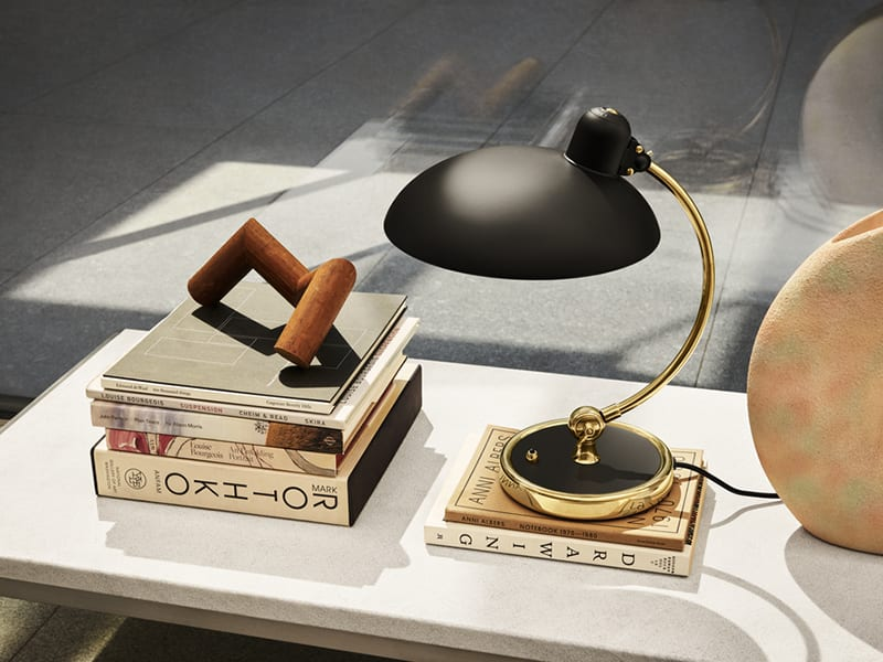 Ambiance LAMPE DE TABLE KAISER IDELL NOIR & LAITON (6631-EDITION SPÉCIALE)_1 fritz hansen