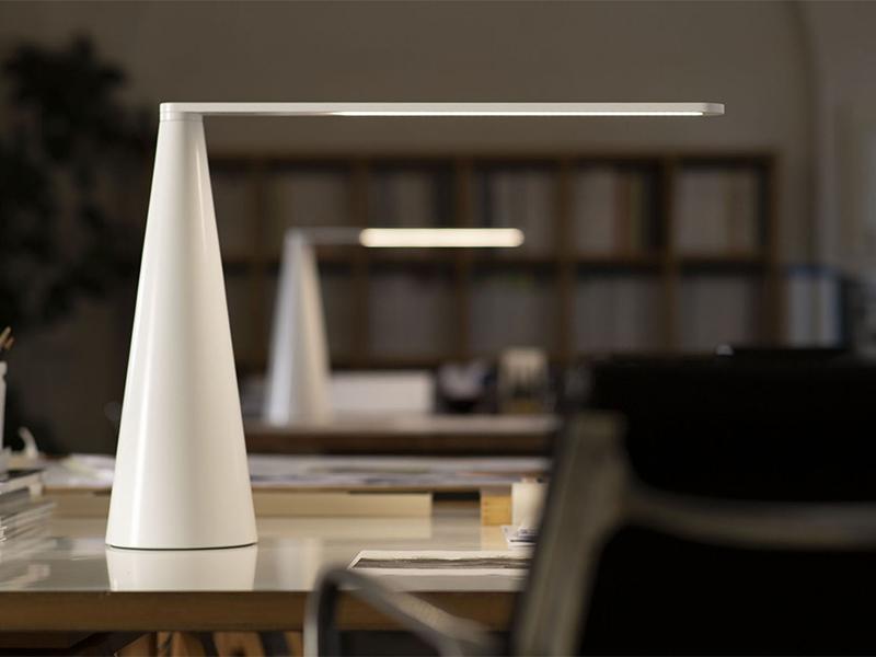 Ambiance lampe de bureau ELICA BLANC_807-BI martinelli luce