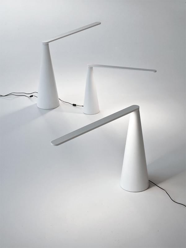 Ambiance lampes de bureau ELICA BLANC_807-BI & 807-J-BI martinelli luce