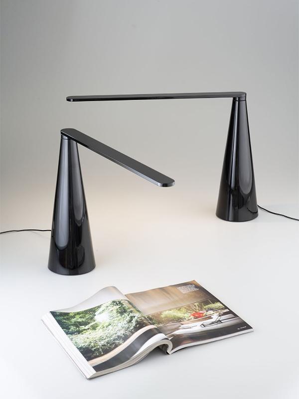 Ambiance lampes de bureau ELICA NOIR_807-J-NE_3 martinelli luce