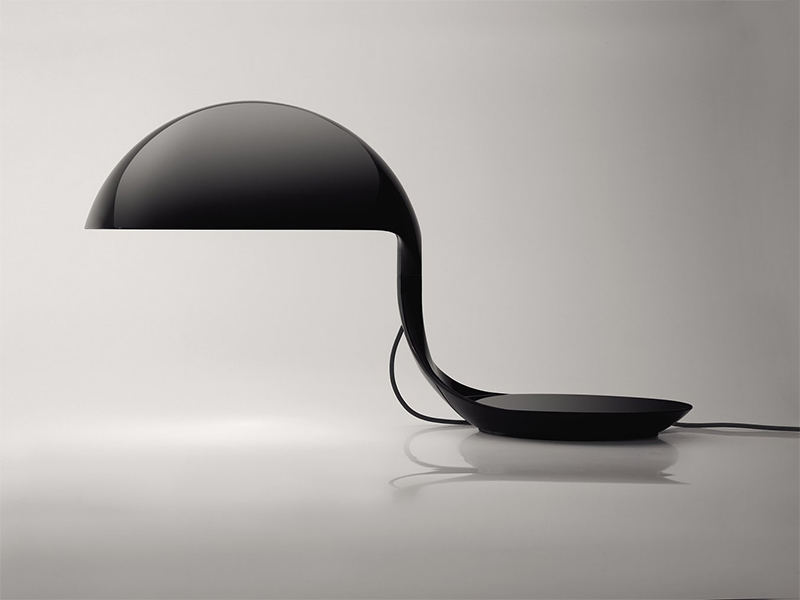 Détail LAMPE DE TABLE COBRA NOIR_629-NE_DEPLOYEE martinelli luce