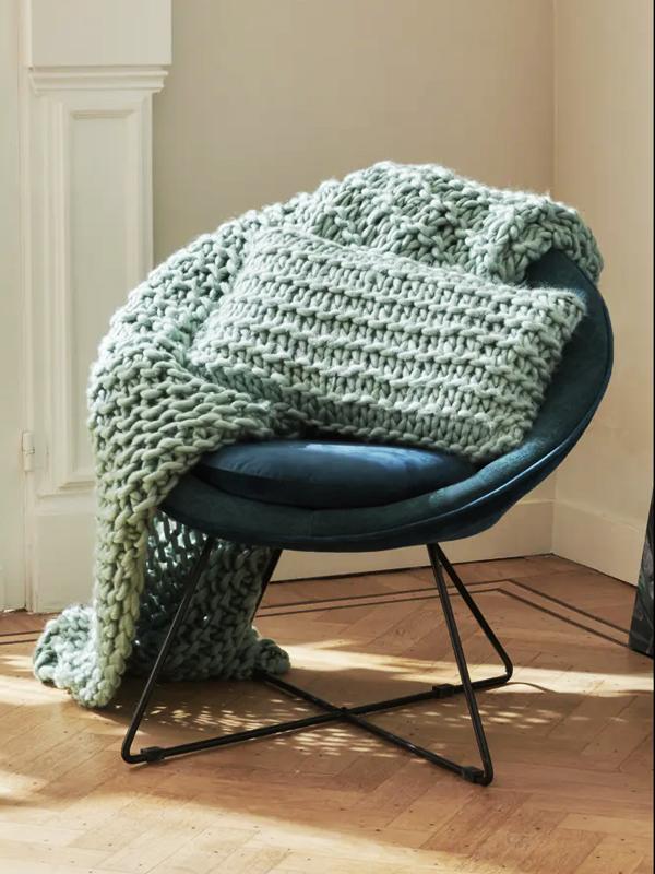 Ambiance fauteuil rond en velours vert thé GARBO_36185-TEA (2) pomax