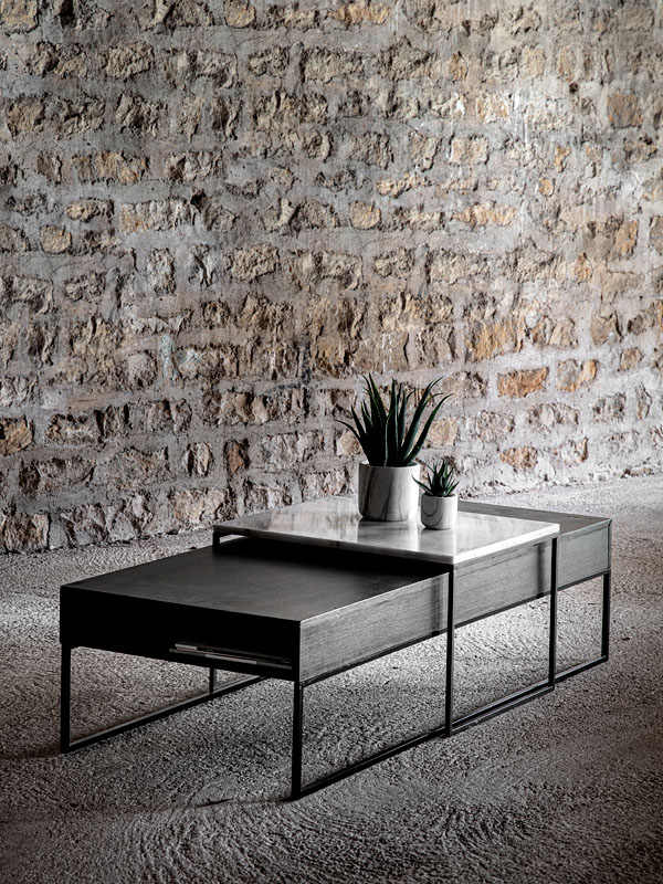 Ambiance table basse noire avec tiroir et pieds métal noir HEDON_37527-BLA-15 (avec extension table en marbre HEDON_38644-WHI-05) (1) pomax home collection