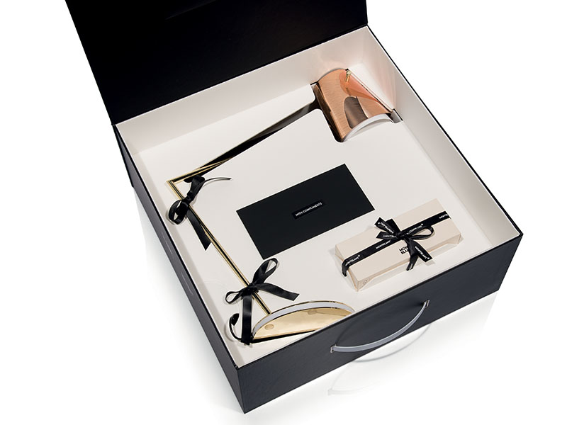 Détail du coffret LAMPE DE BUREAU OVERLAY-BALL POINT PEN_OVE94TAV0000RA000 slamp & mont blanc