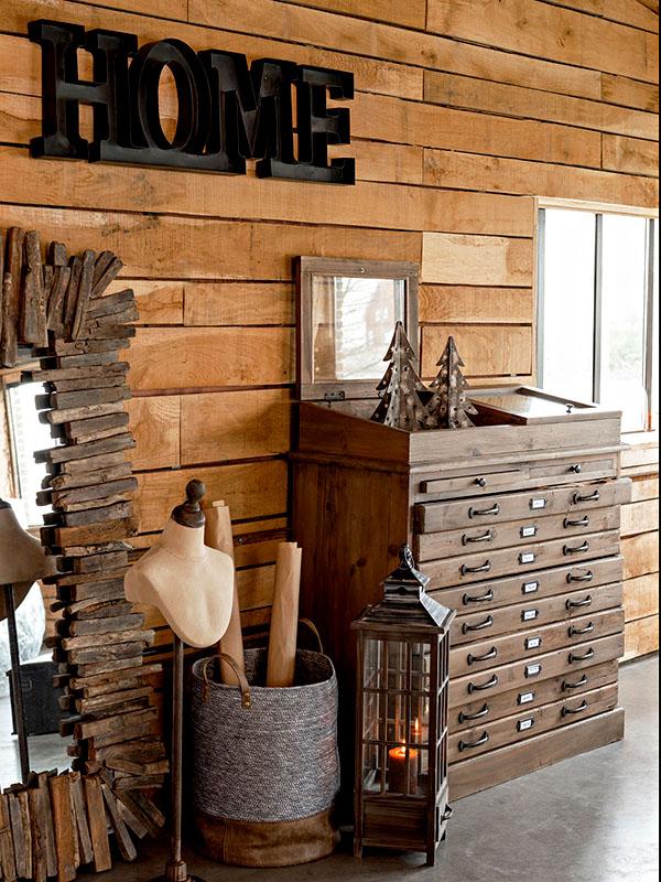 Ambiance meuble de métier en bois massif avec vitrine et tiroirs HOME SPIRIT_95980 (2) jolipa