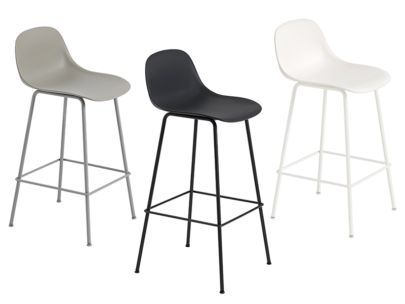 Présentation des différents coloris de la chaise FIBER BAR STOOL muuto