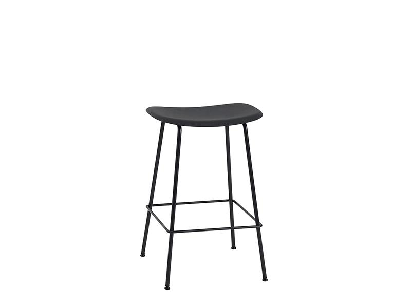 Tabouret de bar FIBER BAR STOOL NOIR (HAUTEUR D'ASSISE 75 CM)_23530 muuto