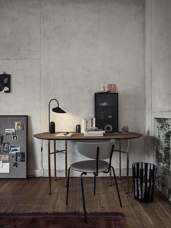 Ambiance lampe de table en marbre et métal ARUM TABLE LAMP BLACK_100134101_9 ferm living